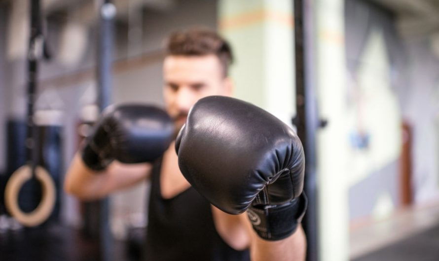 Boxing vs Kickboxing: Differences & Effectiveness